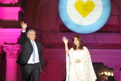 Presidente argentino destaca gestión tras un mes de Gobierno