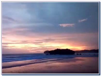 Sunset Pantai Sundak Jogja