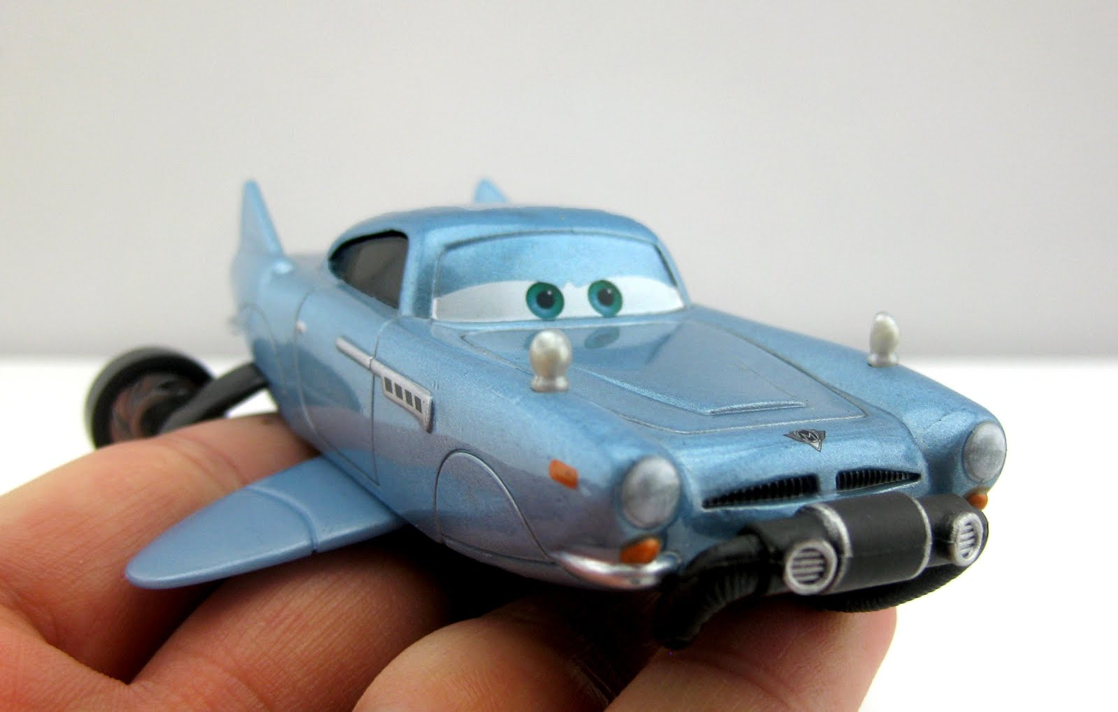dan the pixar fan cars 2 finn mcmissile with breather