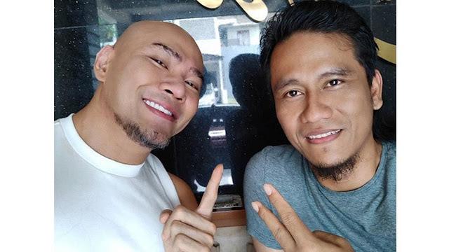 5 Deretan Bukti Foto Deddy Corbuzier Dalam Perjalanan Mualaf Bersama Para Ustaz