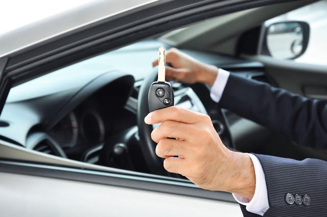 Ζητείται υπάλληλος σε γραφείο ενοικιάσεως αυτοκινήτων