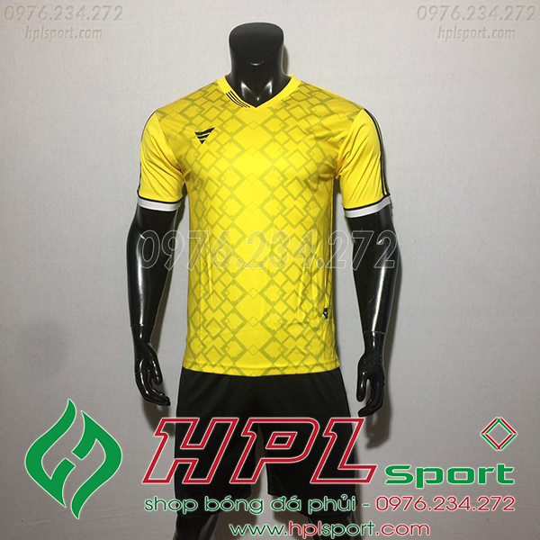 Áo ko logo TA NC màu vàng