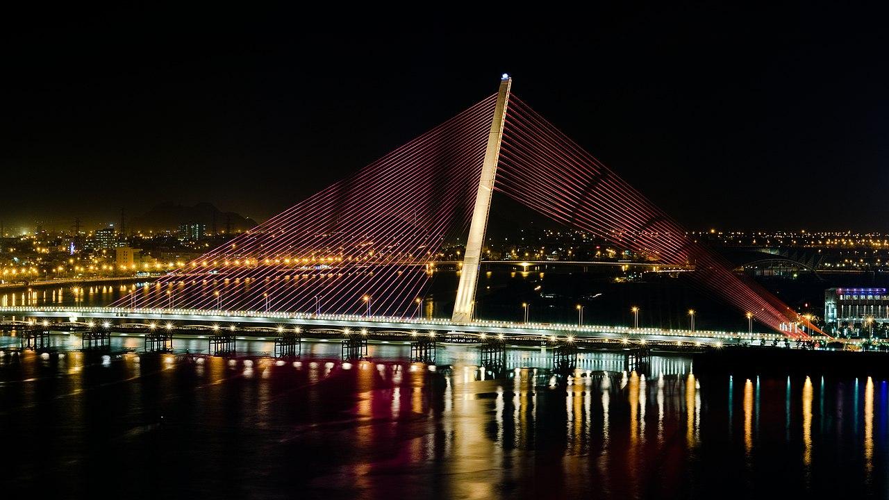 Cầu Trần Thị Lý - Cánh buồm vươn ra biển lớn Đà Nẵng