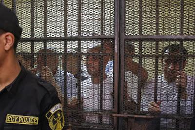 """المتهم الأول بحادث قطار محطة مصر: """"أنا معملتش حاجة الجرارات كلها خربانة"""" (فيديو وصور)"""