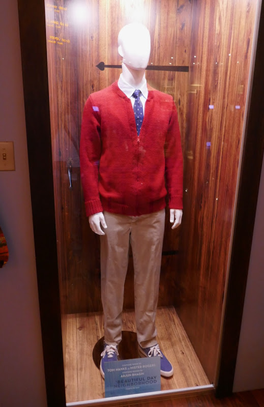 Tom Hanks A Beautiful Day in Neighborhood Mister Rogers costume