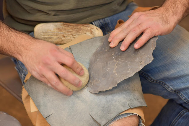 Archaeologist explains innovation of 'fluting' ancient stone weaponry