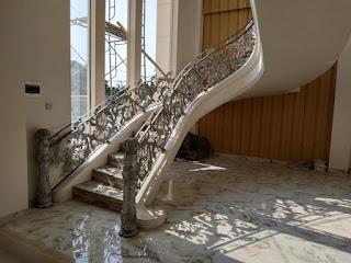 project pemasangan railing tangga layang besi tempa klasik karawang