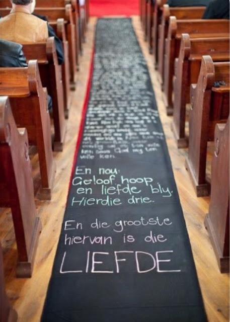 tapetes-e-passarelas-criativos-para-cerimonia-de-casamento-personalizados