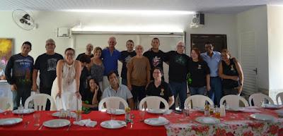 Momento de Confraternização: conferencistas e membros da AMPUP - sede da Associação.