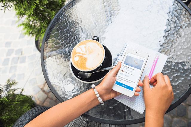 2 Meses lançamento Brasil, app Glorify, 300 mil usuários