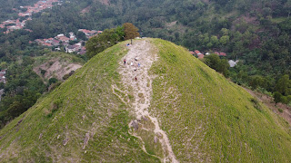 Bukit Kembang Kuning di Suralaya, Banten