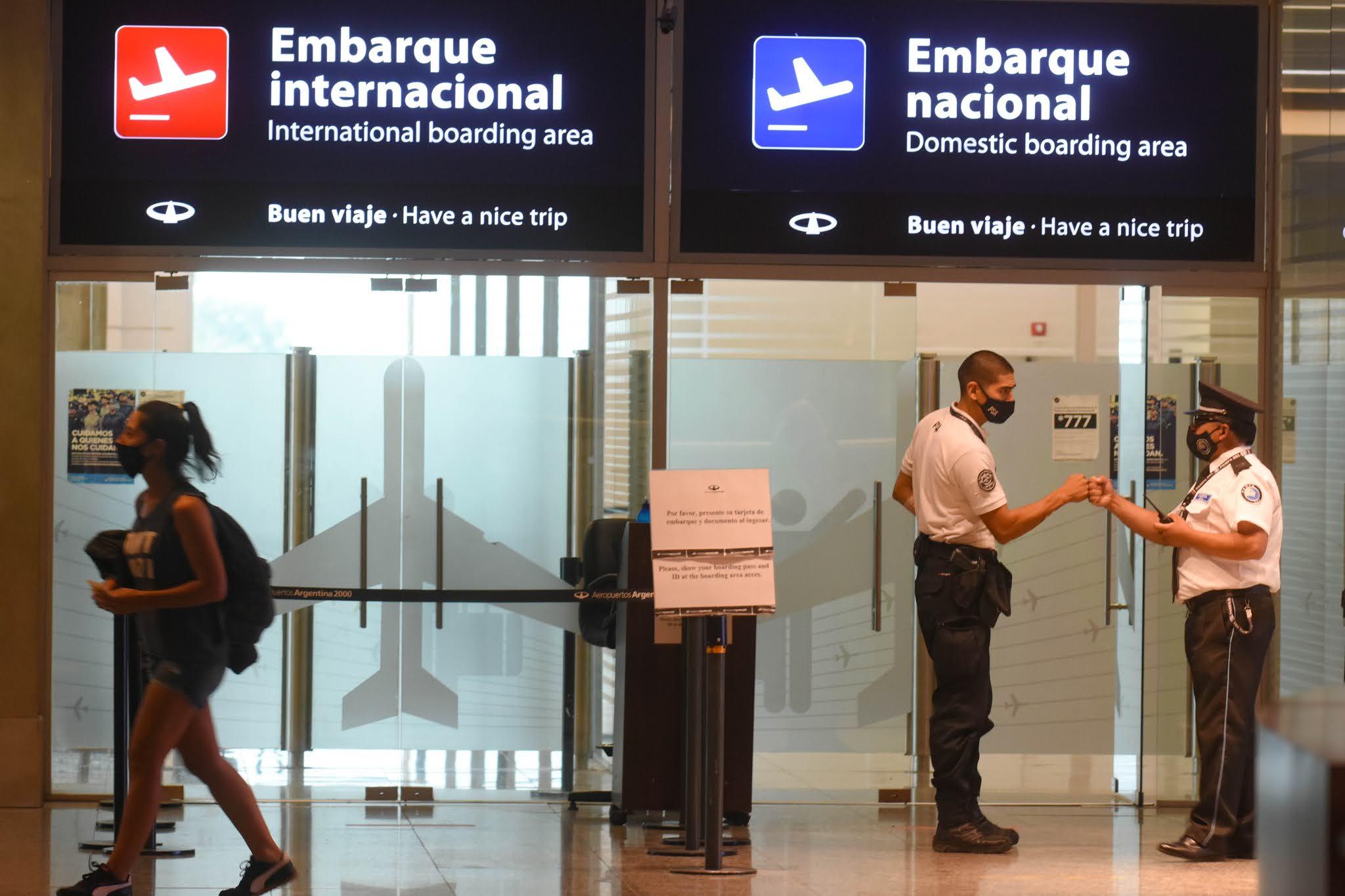 El Gobierno prepara restricciones al turismo ante la inminente llegada de la segunda ola de coronavirus