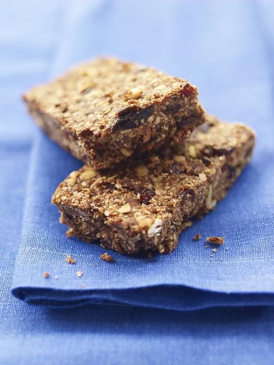 Chocolate Peanut Muesli Slice: Lunchbox Treat Ideas