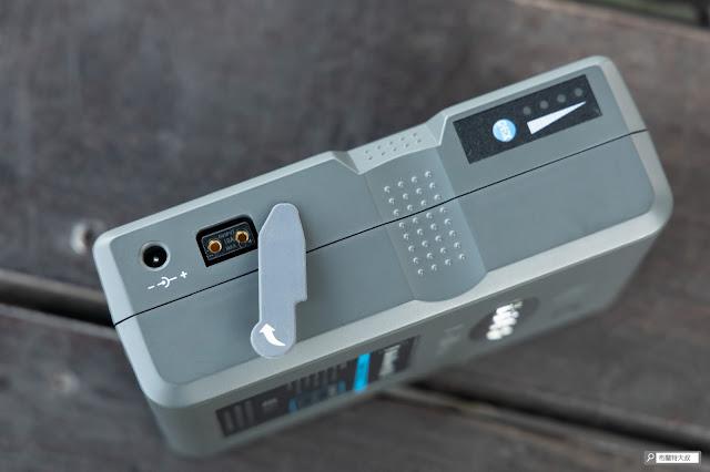解決 Canon 相機長時間拍攝的供電問題 - V Mount 電池 D-TAP 介面