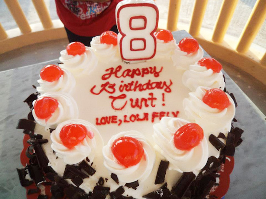 "16 Times Bad Letter Spacing Made All The Difference - ""My Aunt In The Philippines Made A Nice Birthday Cake For My Relative Curt"""