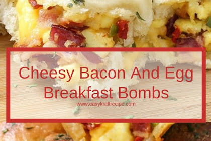 Cheesy Bacon And Egg Breakfast Bombs #christmas #breakfast