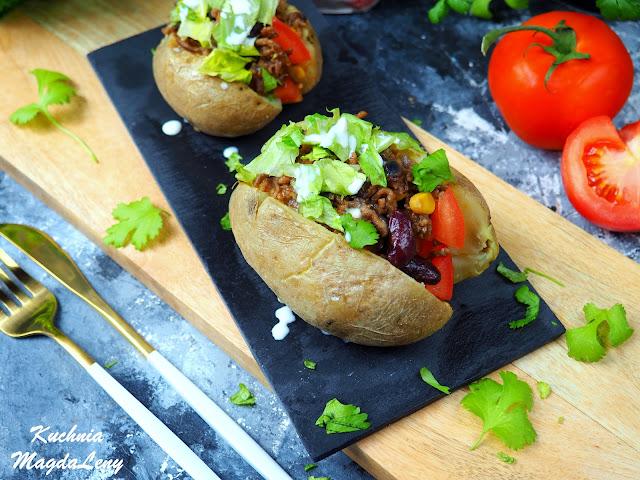 Taco ziemniak z mięsem wołowym