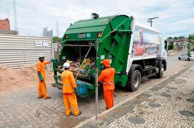 A Prefeitura de Ubatã, através do Departamento de Limpeza, informou nesta sexta-feira (18), que não realizará o serviço de coleta do lixo domiciliar na próxima segunda-feira (21), devido ao feriado do comerciário e servidor público. O diretor Lucas Bião, recomenda antecipadamente, que a população evite colocar o lixo nas calçadas no domingo e segunda deixando-os acondicionados em sacos plásticos e só expondo para coleta na manhã da terça-feira (22), quando os serviços voltam a normalidade. A antecipação dos feriados ocorreu após acordo firmado entre a gestão municipal e o Sindicato dos Comerciários de Ubatã. Em tempo, além do comércio, as repartições públicas não funcionarão na próxima segunda, exceto o Hospital César Monteiro Pirajá.   (Garcia Jr/Ubatã Noticias)