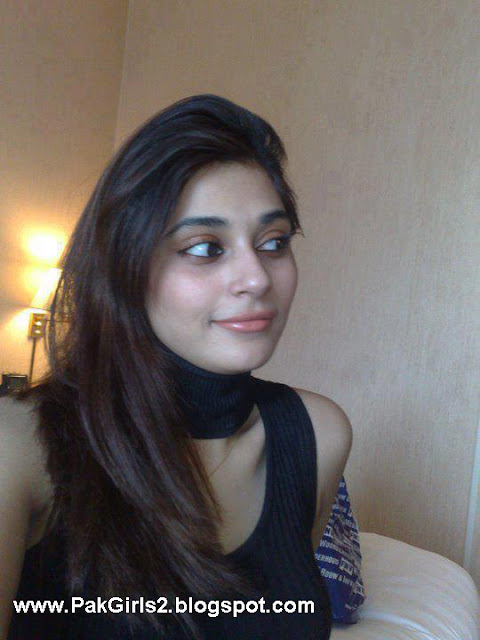 Pakistani girls pictures gallery 2