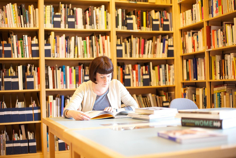 5 Great Careers For Bookworms
