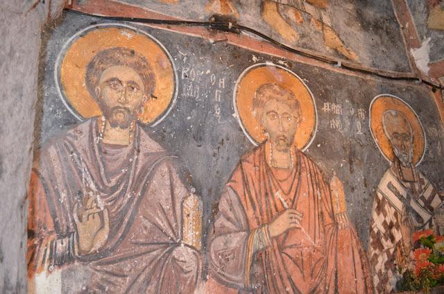 Светите Бесребреници Кузман и Дамјан на северниот ѕид од наосот - Св. Димитрие -црква од XIV век во село Градешница - Мариово