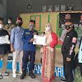 Anggota DPD RI DKI Jakarta, Fahira Idris Berikan Piagam Penghargaan Dan Santuni Anak Yatim