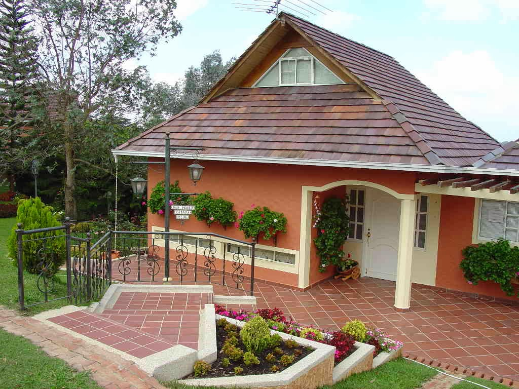 Decoracion actual de moda fachadas de casas de campo - Cosas rusticas para decorar casa ...