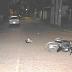 SÁENZ PEÑA VIOLENTA - A PATADAS, VOLTEAN A JOVEN MOTOCICLISTA PARA ROBARLE: VECINOS LO SALVARON
