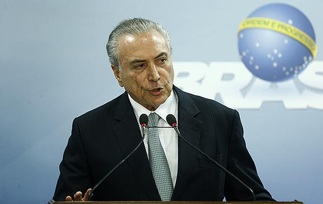 PSDB decide permanecer no governo Michel Temer