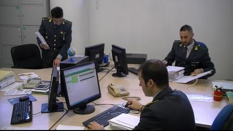 FIRENZE: frode informatica da 1 milione di euro