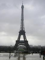 eyfel kulesi,ağırlığı,kim yaptı,ne zaman yapıldı,yüksekliği,