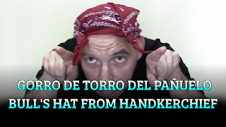 Gorro de Torro del pañuelo, CHAPEAUGRAPHY, Bull's hat from handkerchief