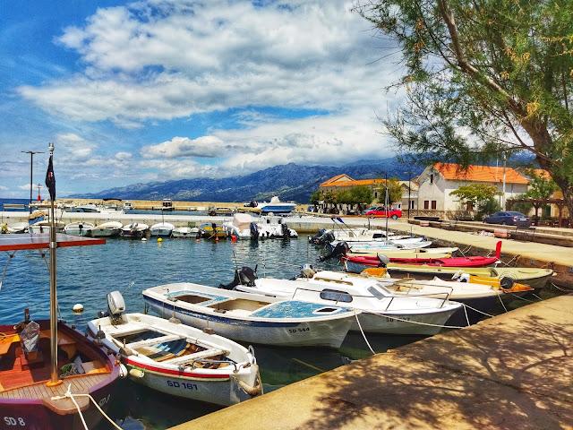 urokliwe porty w Chorwacji, marina, północna Dalmacja