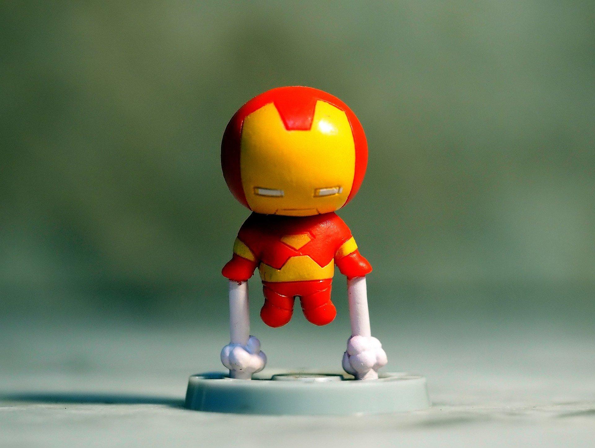 Cara-Menjadi-Minimalis-Iron-Man-Tony-Stark