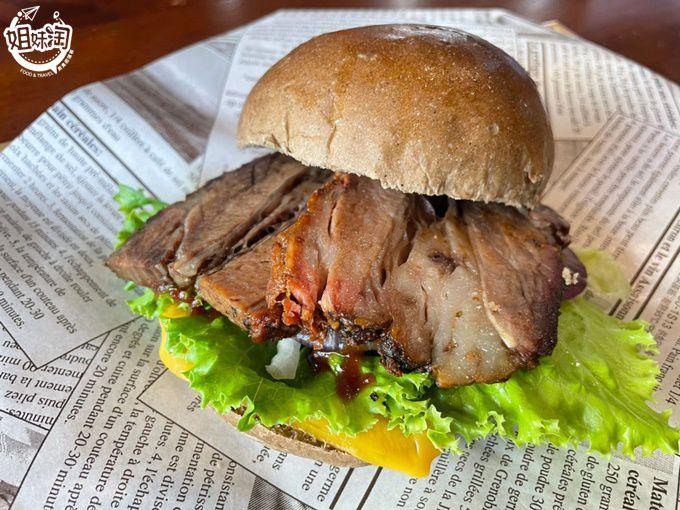 原塊厚切,慢火燒烤10小時以上的煙燻烤肉!太晚來就沒肉啦!-Smoky煙燻烤肉