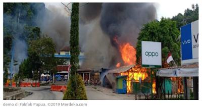 Demo di Fakfak Papua Barat Diwarnai Aksi Pembakaran Kios