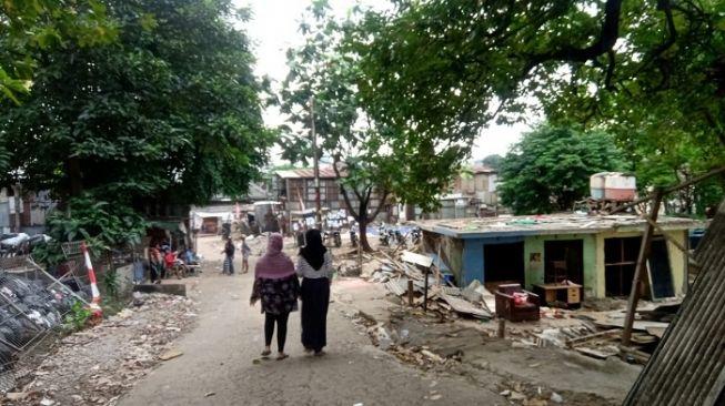 Astaga! Pertahankan Sekolah PAUD, Warga Pancoran Diserbu Ormas, 22 Orang Luka-luka