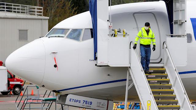 De luces ultravioletas a filtros: Investigadores prueban cómo evitar la propagación de virus en los aviones