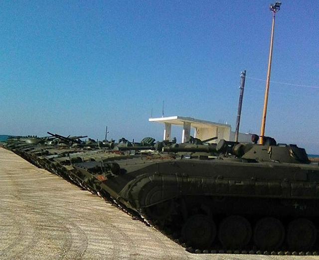 الجيش العربي السوري يتسلم دفعة من دبابات T-62M ومركبات مشاة قتالية BMP-1 - صفحة 2 653