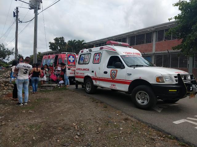 ambulancia-bomberos-escuela-veinte-de-agosto