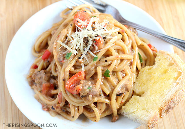 Creamy One-Pot Spaghetti with Italian Sausage (Easy Recipe)