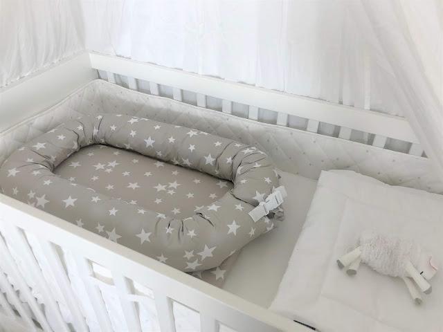 """""""Oskarin"""" sänky lakanoita vailla valmiina"""