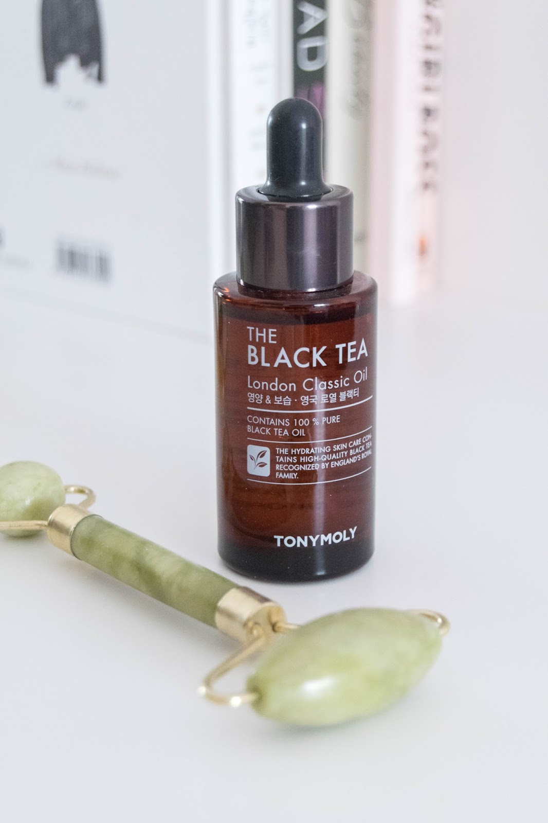 The Black Tea London Classic Oil da Tony Moly.