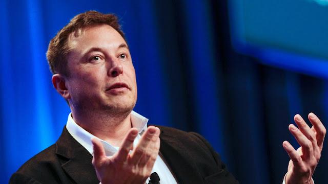 """""""Twitter es una zona de guerra"""": Musk explica por qué usa esa red para responder a sus críticos"""