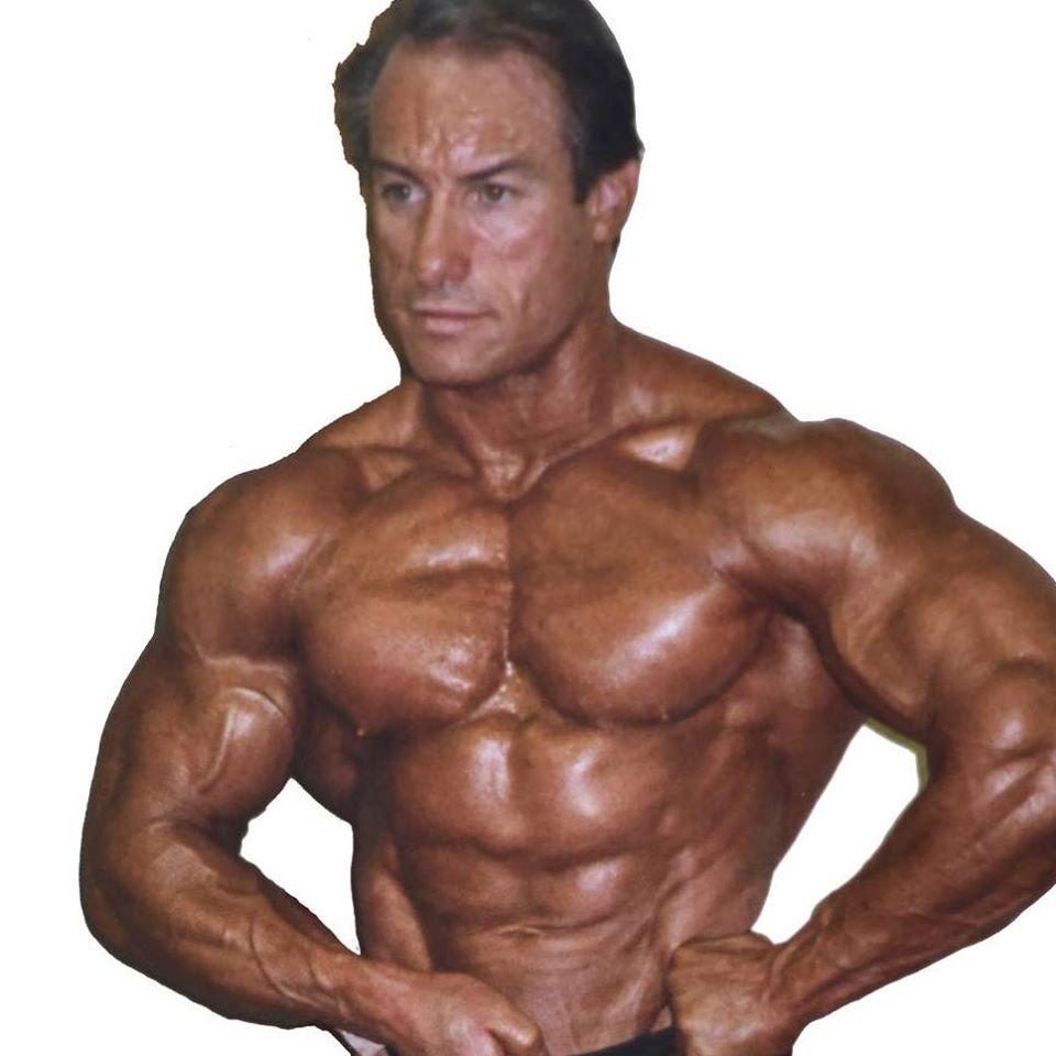 world bodybuilders pictures: french bodybuilder fehd karouani