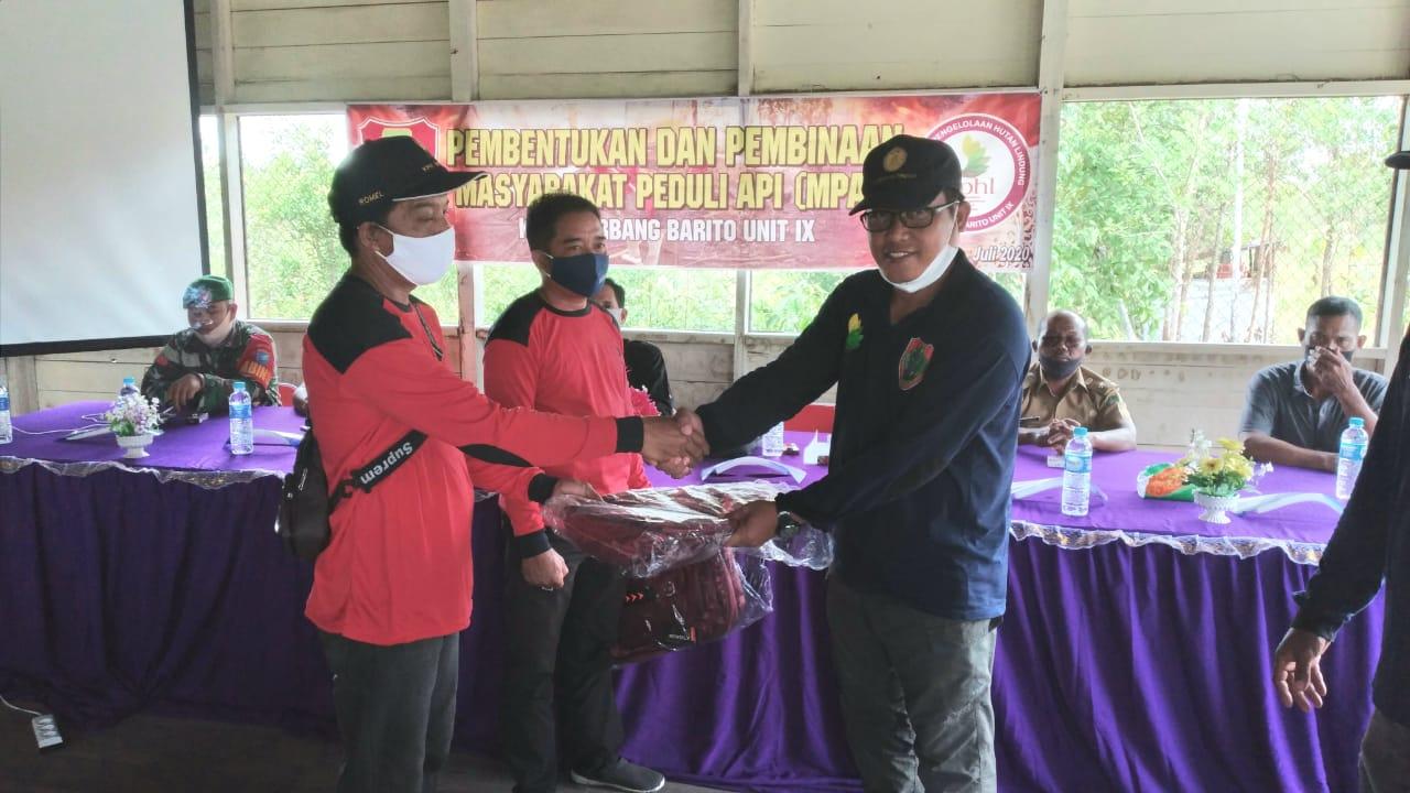 KPHL Gerbang Barito Unit IX Rangkul Warga Madara Jadi Masyarakat Peduli Api