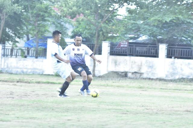 KodimKaranganyar - Memelihara Sinergitas Tiga Pilar Melalui Sepakbola