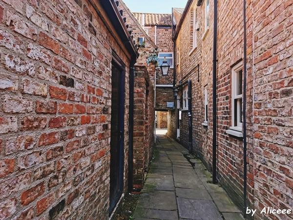 Tunel-medieval-York-obiectiv-turistic