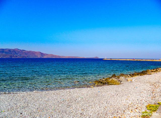 Praia em Monemvasia, Grécia