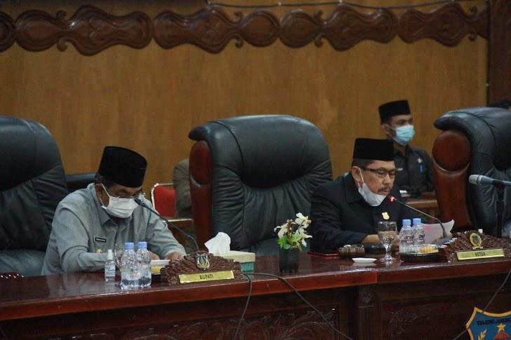 Bupati Anwar Sadat Hadiri Rapat Paripurna Penandatangan Nota Kesepakatan Rancangan RPJMD